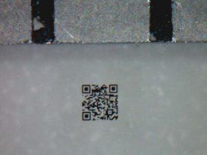 0.3mm極小QRコード